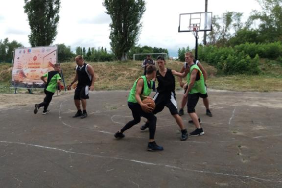 Представители тамбовских силовых структур сыграют в стритбол