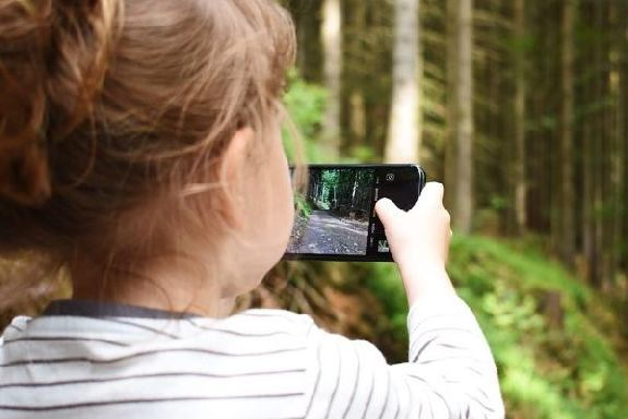 Искать пропавших детей теперь можно по геолокации их смартфонов