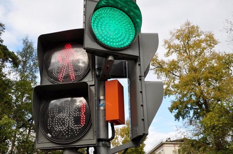 На одном из перекрестков Тамбова в ДТП пострадали десять человек: прокуратура и ГИБДД винят в этом городскую администрацию