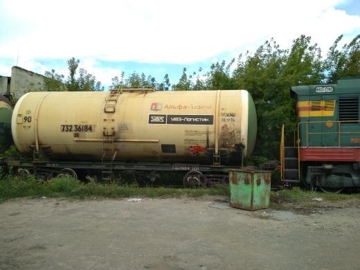 На юге Тамбова цистерна сошла с рельсов: на месте работают спецслужбы