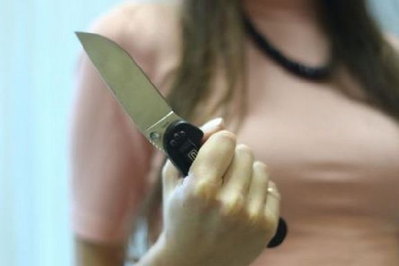 Попросивший соблюдать тишину житель Уварово получил в ответ удар ножом