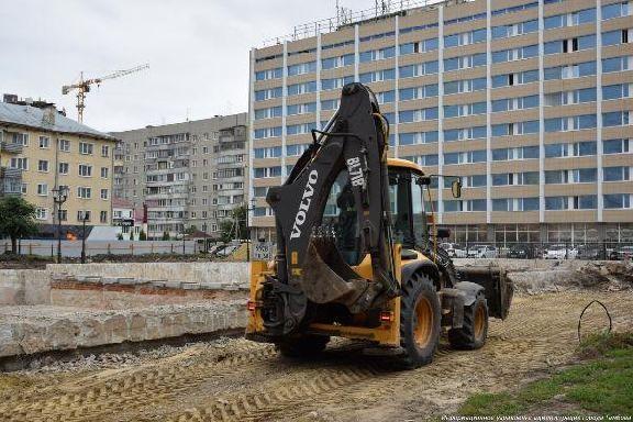 Работы в сквере на площади Льва Толстого обещают закончить к концу сентября