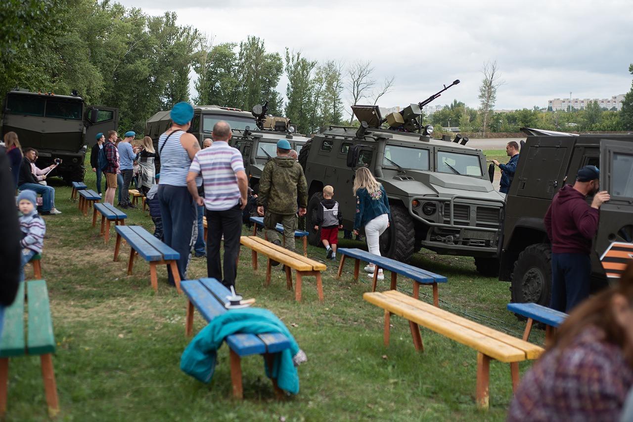 Расплескалась синева: как десантники празднуют 89-ю годовщину ВДВ в Тамбове
