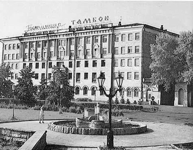 """Строили, забросили и наконец отремонтировали: гостиница """"Тамбов"""" на Набережной"""