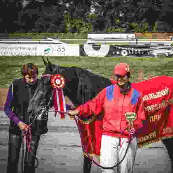 Тамбовская наездница победила в престижном конном заезде