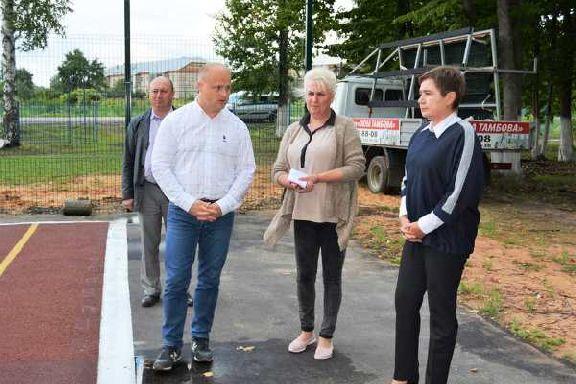В Рассказовском районе построили универсальную спортплощадку