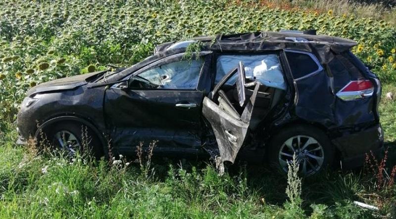 В Тамбовской области из-за прокола колеса одна иномарка врезалась в другую