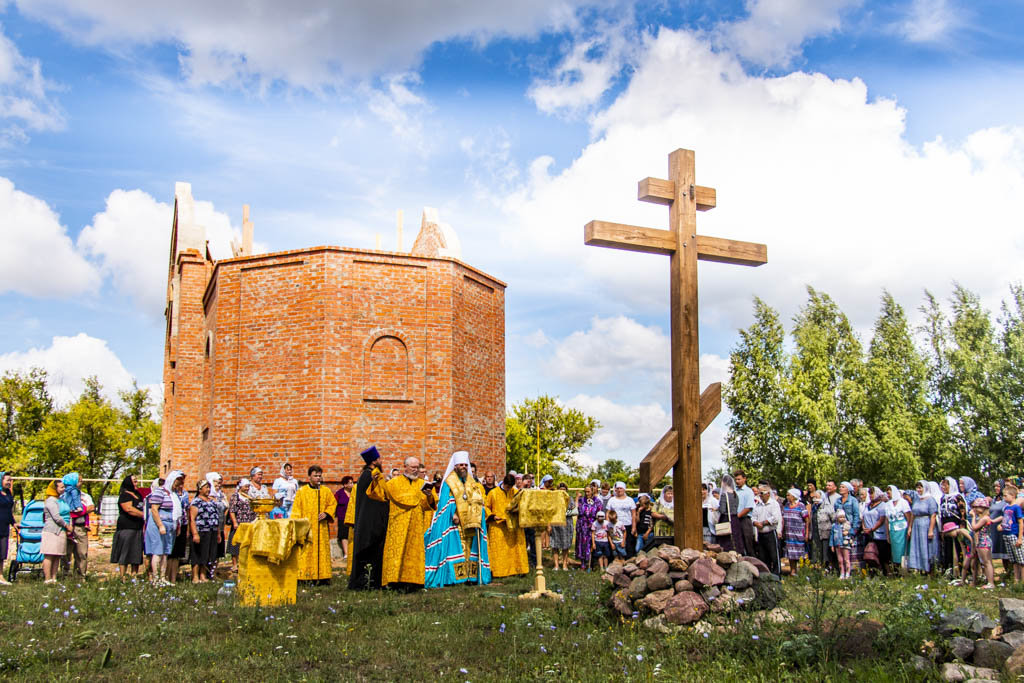В Тамбовской области освятили крест в основание будущего храма