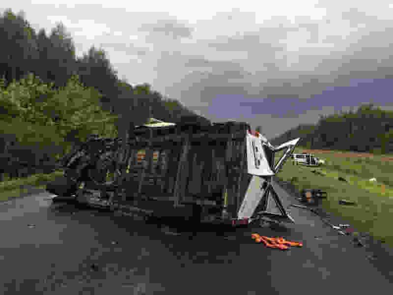 В Тамбовской области при столкновении двух микроавтобусов пятеро погибли, восемь в больнице