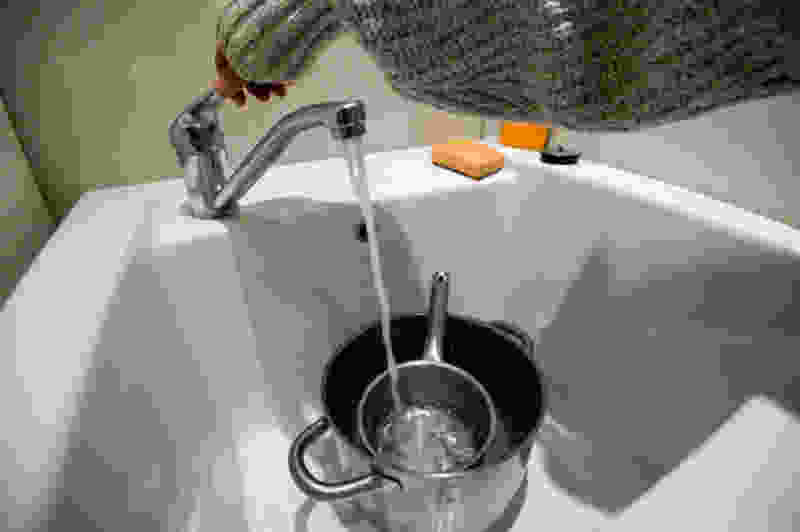 На севере Тамбова произошла авария на сетях: сегодня холодное водоснабжение в жилых домах будет отключено