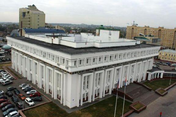 Обзор за неделю: подробности убийства хоккеиста в Тамбове, ДТП на жд переезде, ничья в Грозном