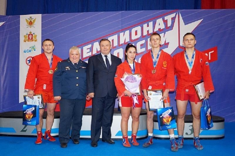 Сотрудники УФСИН по Тамбовской области завоевали три медали на Чемпионате по самбо