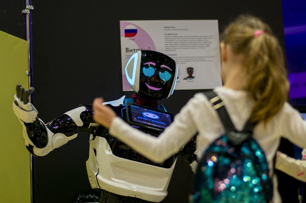 Старт театрального сезона и фестиваль роботов: что посетить тамбовчанам на неделе?