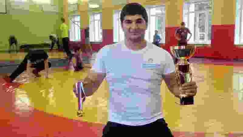 Тамбовчанин взял золото первенства России по борьбе на поясах