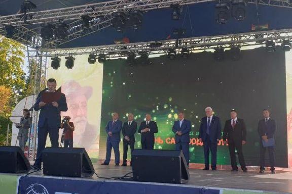 """В Мичуринске дали официальный старт всероссийской выставке """"День садовода"""""""