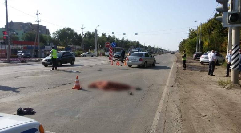 В поселке Строитель под колесами иномарки погибла 67-летняя женщина