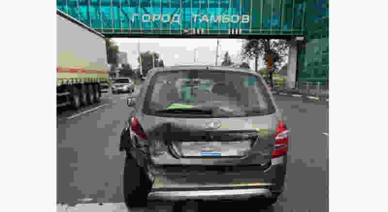 В Тамбове в районе Нового автовокзала в результате столкновения двух легковушек пострадала женщина