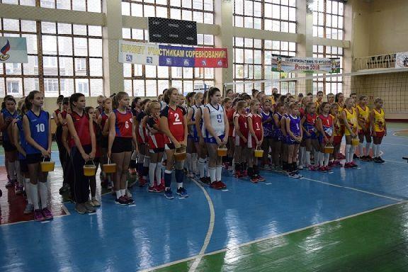 Юные тамбовчанки завоевали золото на Всероссийском волейбольном турнире