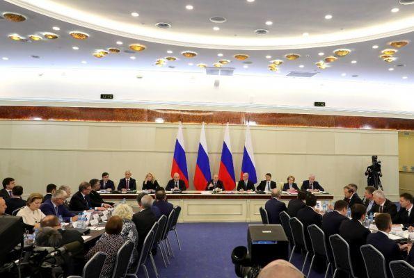 Губернатор Тамбовской области участвует в заседании президиума Госсовета