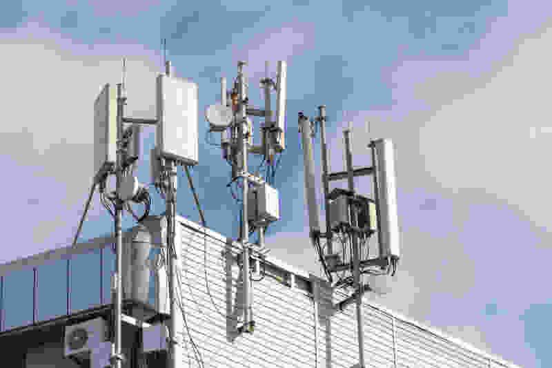 С начала года в ЦФО выявлено почти 1 800 средств радиосвязи крупнейших мобильных операторов, работающих с нарушениями