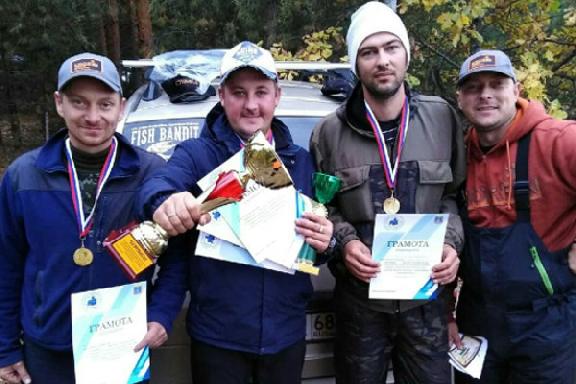Тамбовские рыболовы завершили календарный год соревнованиями под Котовском