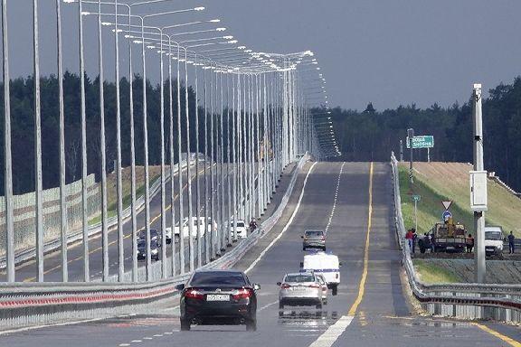 В ГИБДД поддержали увеличение предельной скорости на платных трассах до 130 км/ч
