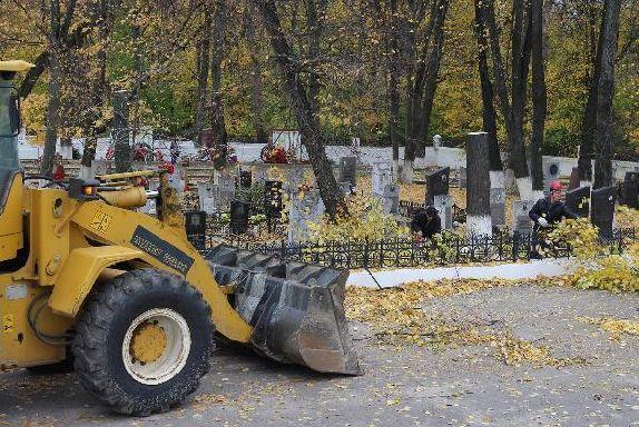 В Мичуринске началась реконструкция воинского кладбища