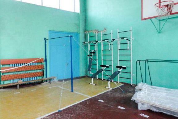 В школах Умётского района стало опасно заниматься спортом