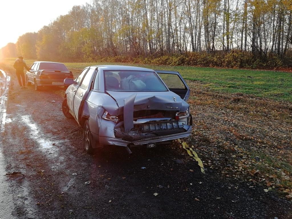 В Тамбовском районе в ДТП сгорело два автомобиля. Один человек скончался