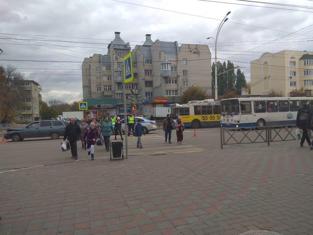 В центре Тамбова образовалась пробка из-за аварии