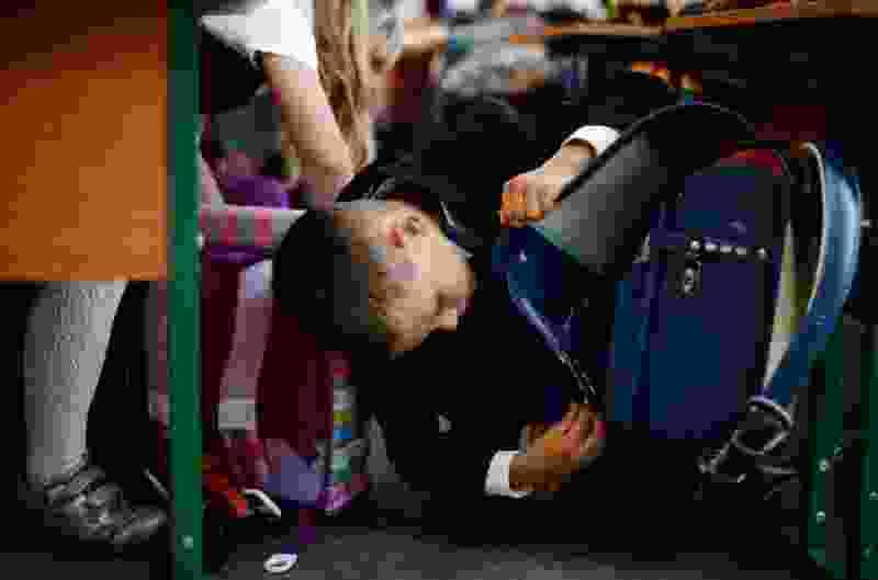 В центре Тамбова спецслужбы оцепили остановку из-за школьного рюкзака