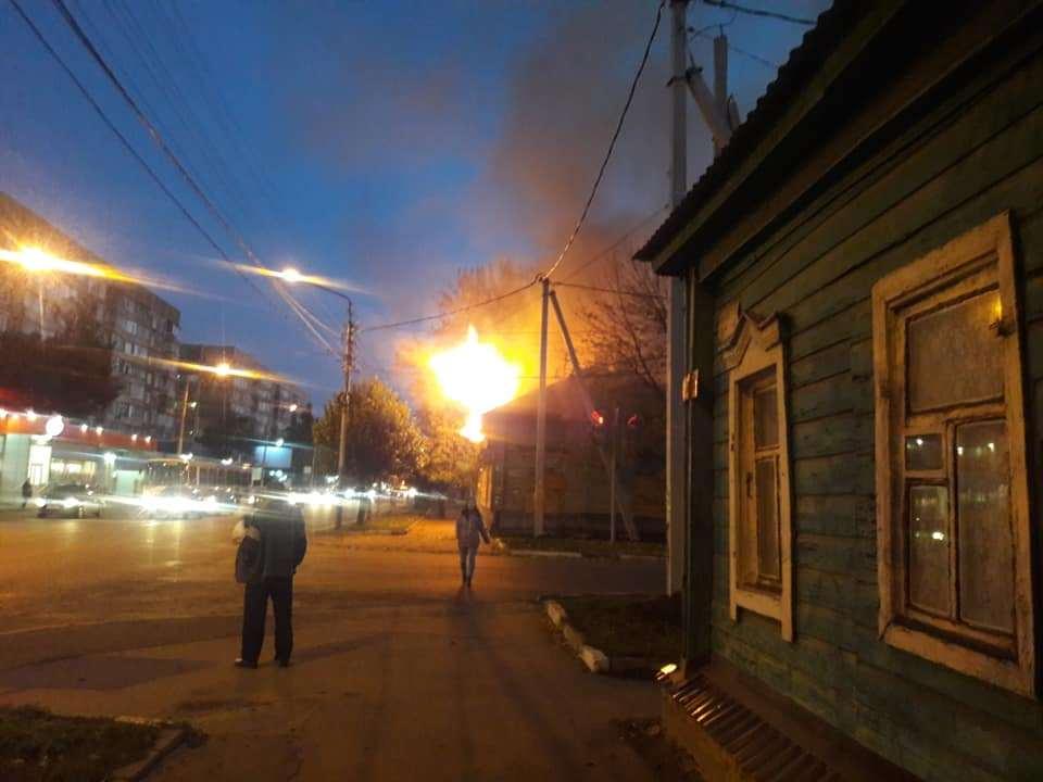 В центре Тамбова загорелся дом-памятник истории и культуры