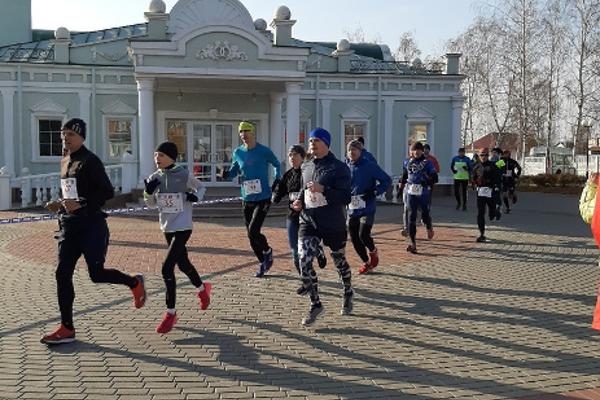 "Более 1000 участников пробежали марафон ""Мучкап-Шапкино"""