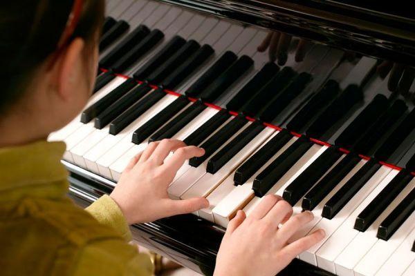 Детская школа искусств в Тамбове так и не дождалась рояль за 3 млн рублей