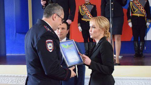 Глава Тамбова Наталия Макаревич поздравила полицейских с профессиональным праздником