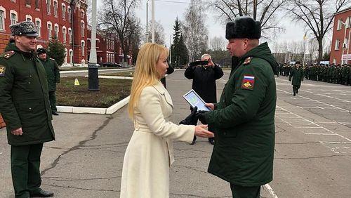 Наталия Макаревич поздравила ракетчиков с праздником