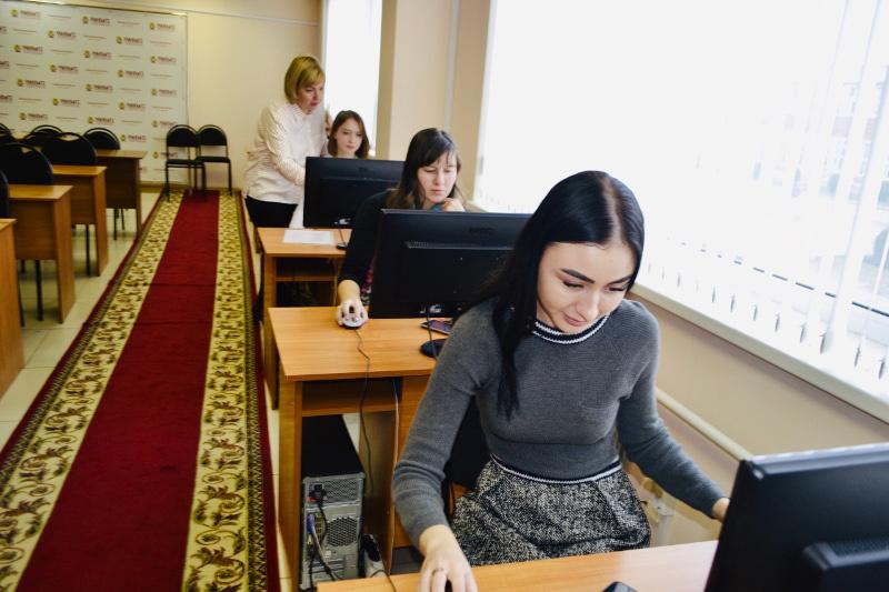 Первокурсники Тамбовского филиала РАНХиГС зарегистрировались в электронно-библиотечных системах