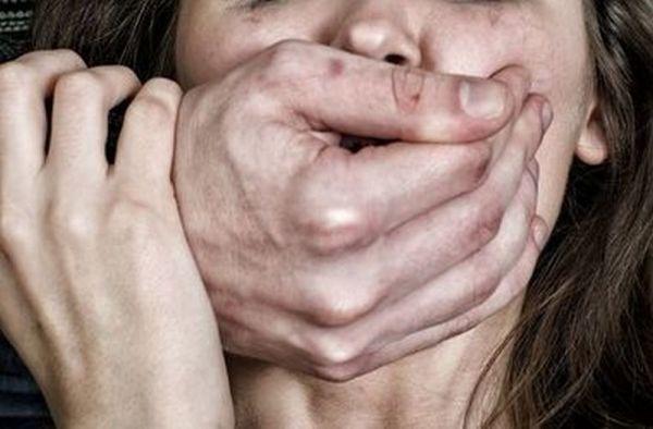 В Мичуринске женщина отбилась от насильника на кладбище банкой краски