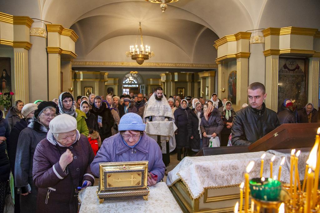 В Тамбов доставлен ковчег с частицей пояса Пресвятой Богородицы