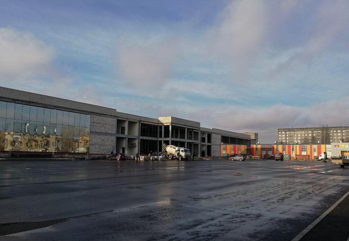 В Тамбове демонтируют здание старого автовокзала, а рядом на земле известного тамбовского бизнесмена откроют ТРЦ