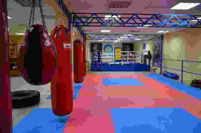 В Тамбове в Доме молодёжи на первоклассника рухнула боксёрская груша: ребёнок в больнице