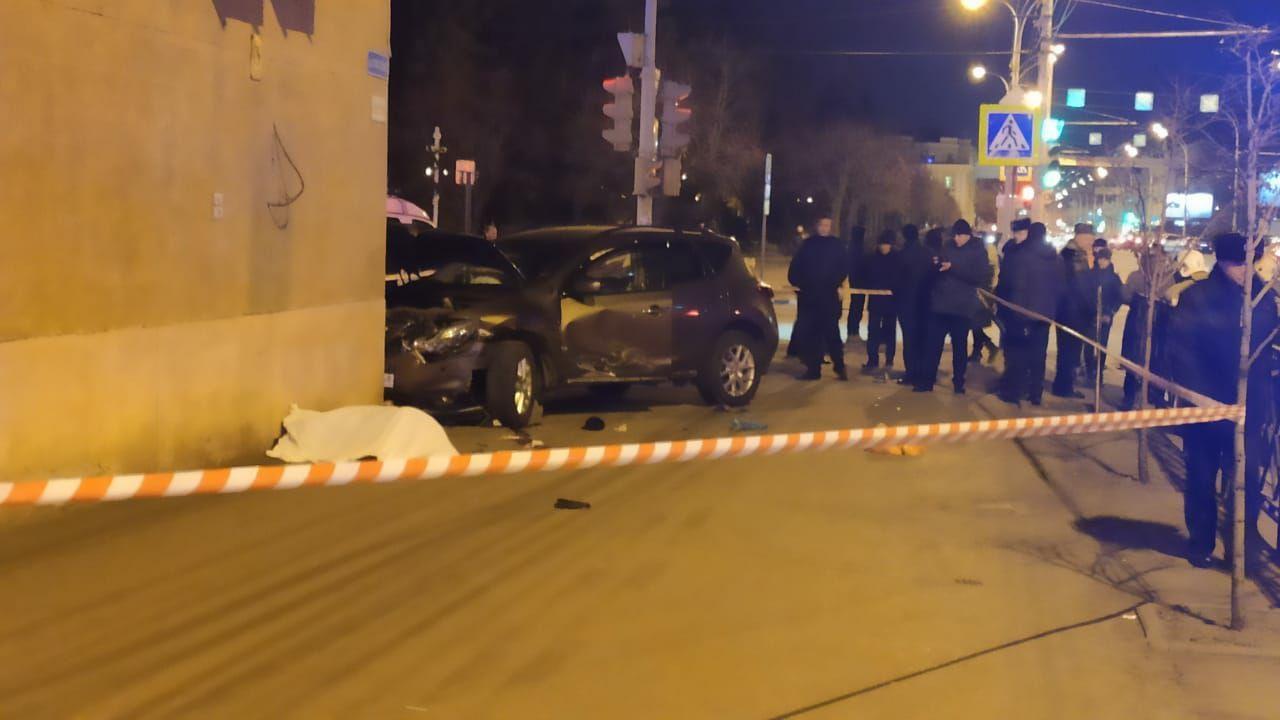 "В Тамбове в результате столкновения ""десятки"" и иномарки погиб пешеход"