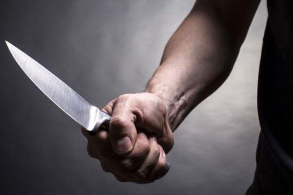 В Тамбовской области мужчине в кафе не понравилась песня, и он ударил заказавшего её ножом