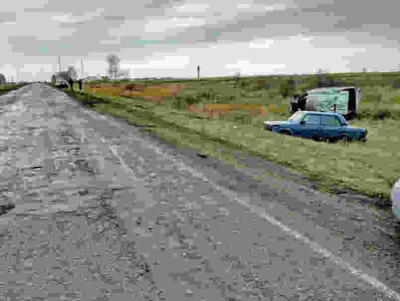 В Тамбовской области пьяный водитель без прав влетел в попутную машину