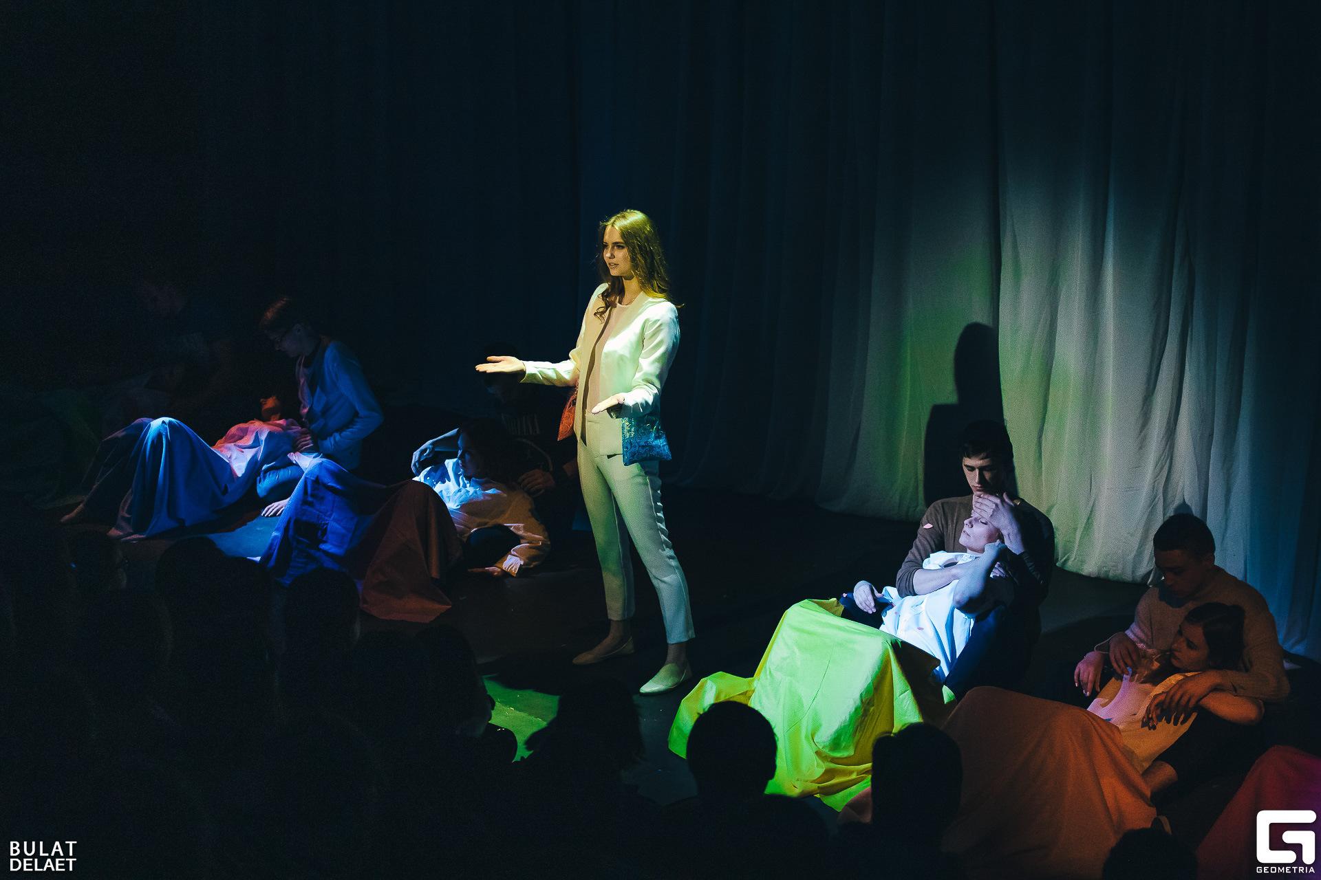 В Тамбовском драмтеатре пройдёт концерт жестовой песни: в репертуаре Земфира, Дима Билан, группа «Кино»