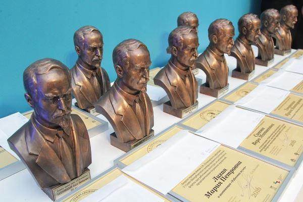 Жительница Тамбовской области удостоена премии имени Луначарского