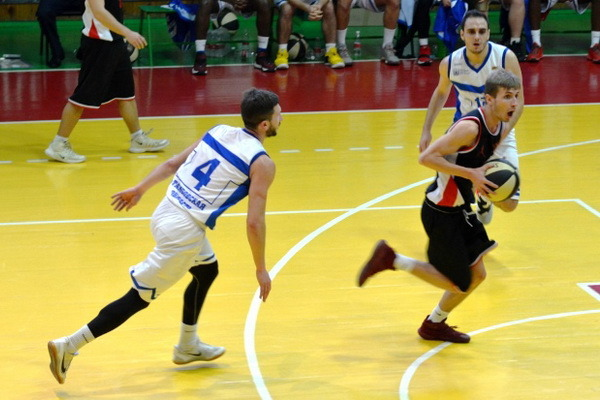 Баскетболисты ТГУ продлили серию поражений в студенческой Ассоциации