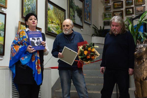 В Тамбове открылась юбилейная выставка живописца Виктора Кошелева