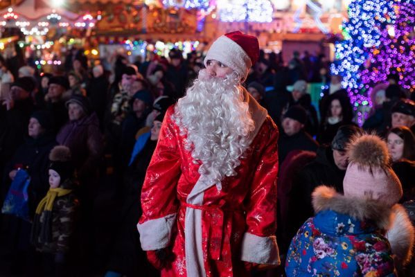 Тамбовчане попрощались с Дедом Морозом до следующего года