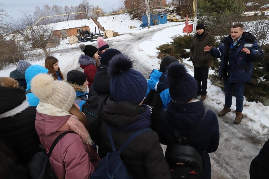 """""""Тамбовская сетевая компания» показала школьникам, как работают очистные сооружения в Котовске"""